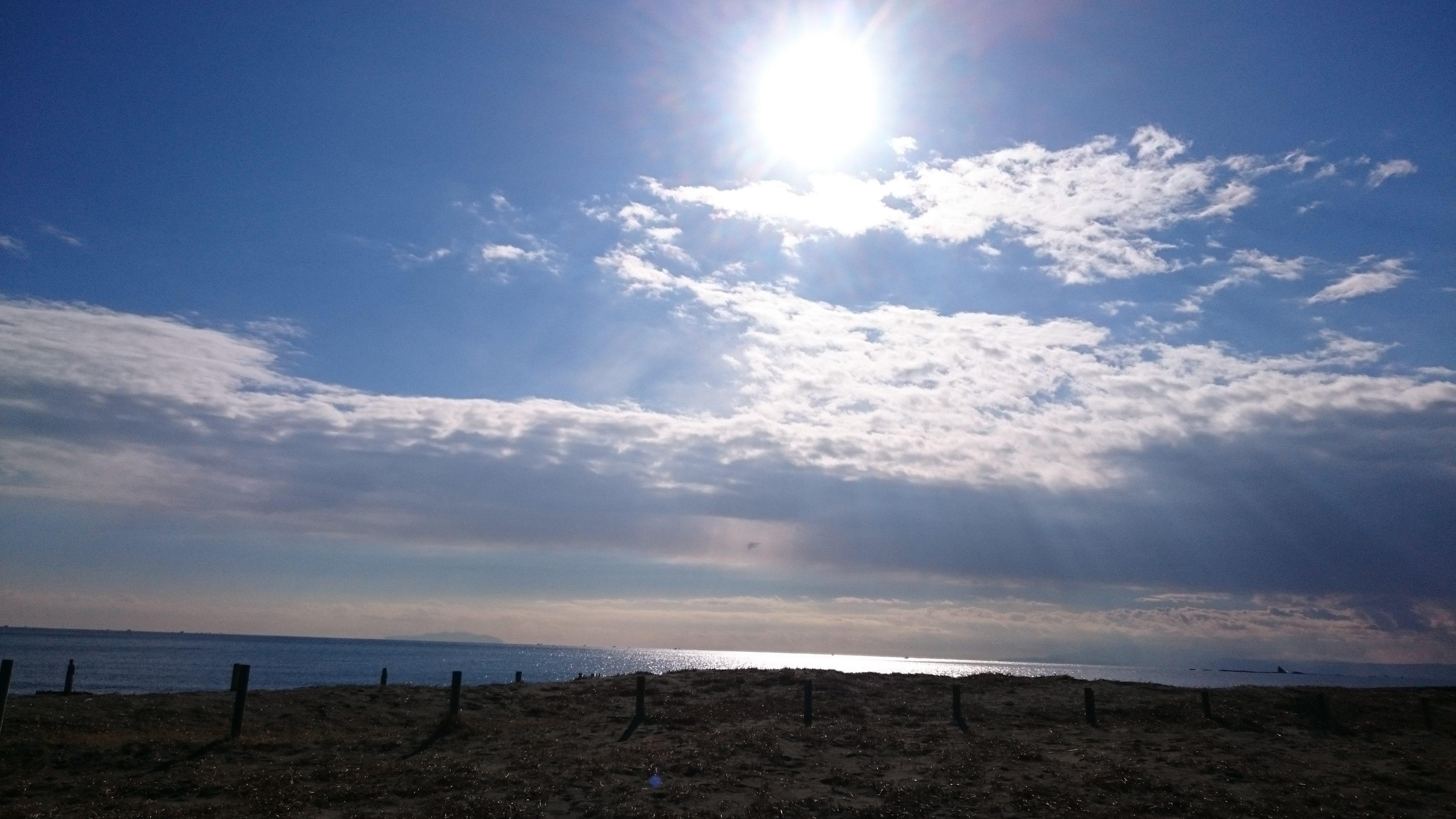 コンテナハウスのある海岸